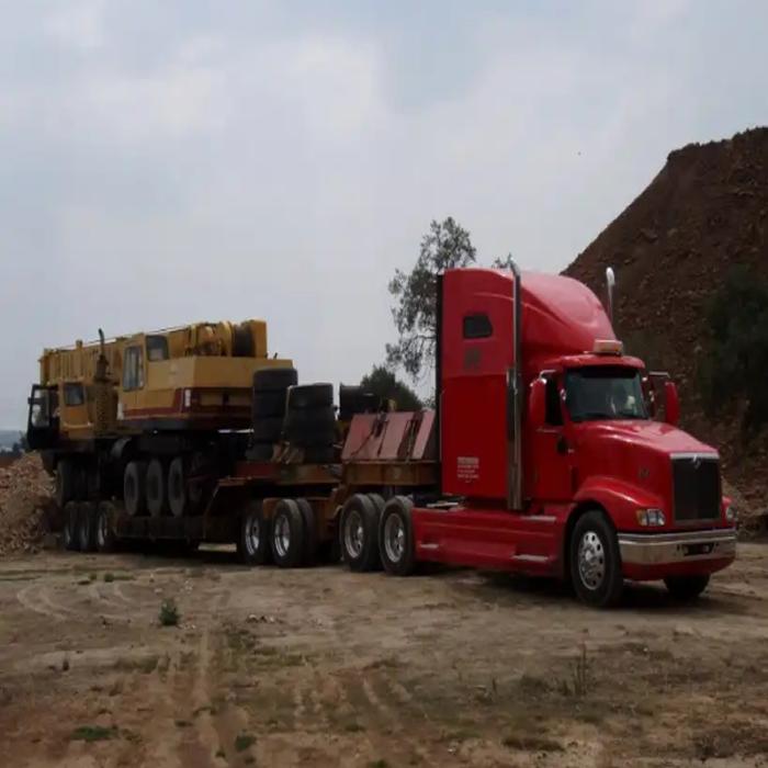 Carga y Descarga. Transporte de Maquinaria Pesada en Monterrey, Nuevo León