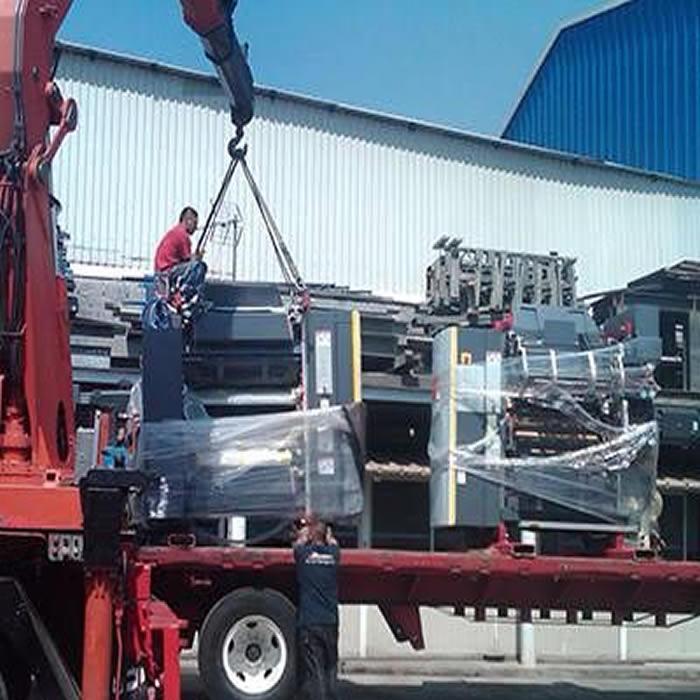 Gruas Hidraulicas. Transporte de Maquinaria Pesada en Monterrey, Nuevo León.